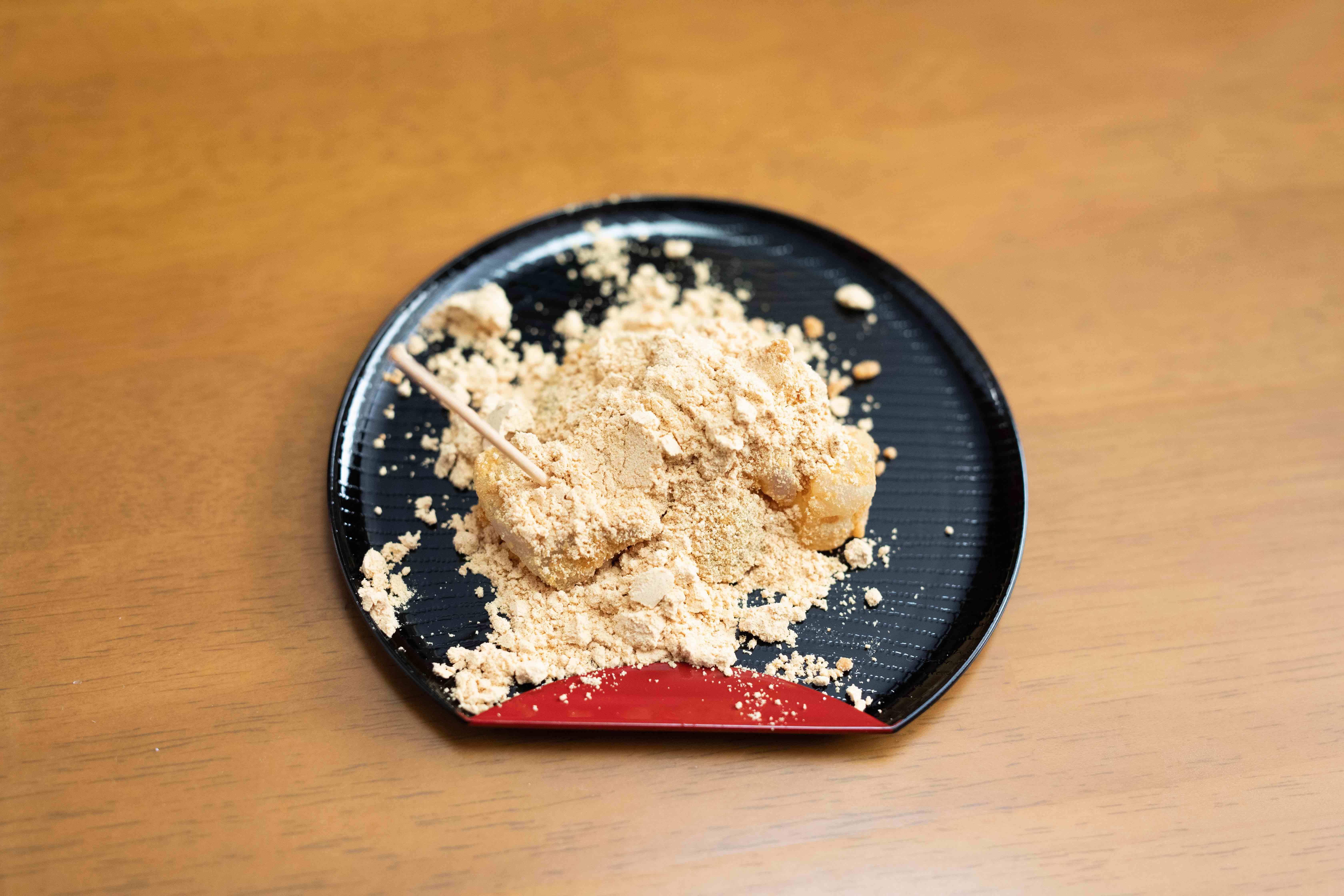 *取材後にいただいたわらび餅。独自の加工法により食感がわらび餅に近く、おやつとしての可能性も感じました!